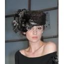 Шляпа из меха каракульчи с вуалькой